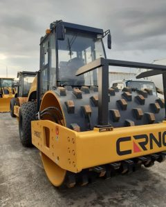 IMAGE OF CRNG VIBRATORY ROLLER (WITH STUDS)