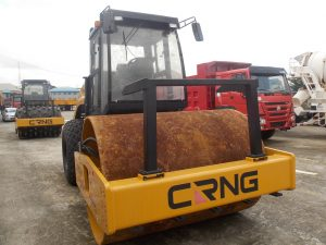 IMAGE OF CRNG NEUMATIC STEEL ROLLER